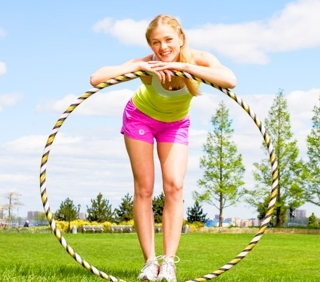 Обручи гимнастические: для похудения и профессиональных занятий.