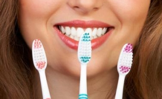 Как вылечить зубную боль в домашних условиях